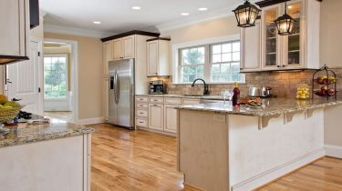 4 Flooring and kitchen Renovation Mistakes You Should Avoid