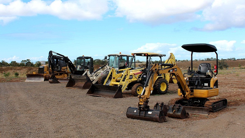 4 Life Saving Tips for Working with Construction Machinery